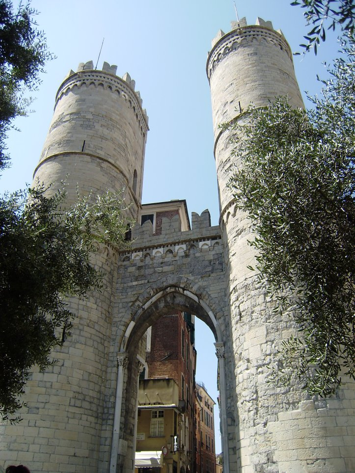 Porta Soprana, Genova