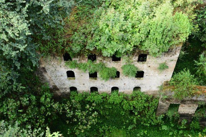 Valle dei mulini_ mill ruins
