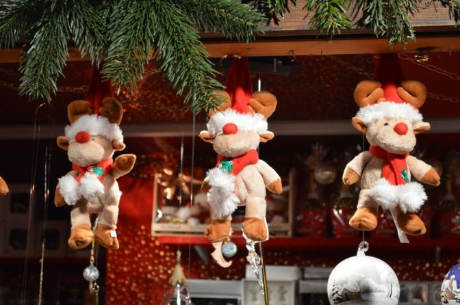 Stuffed reindeers