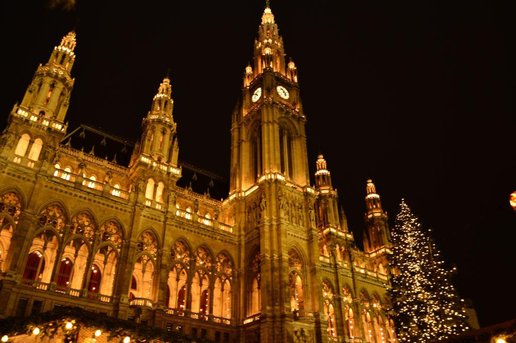 Festive Rathaus, Vienna