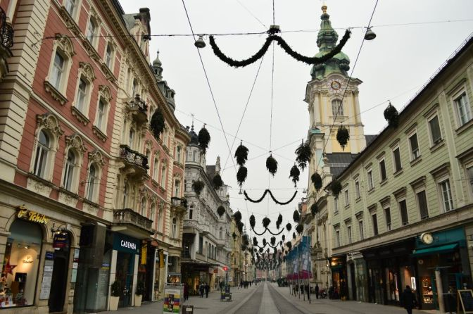 Upside-down trees, Graz