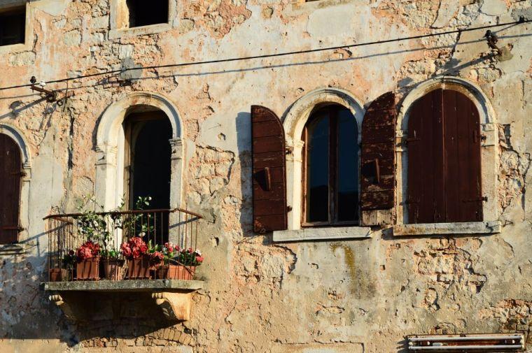 Istrian architectural details, Svetvinčenat