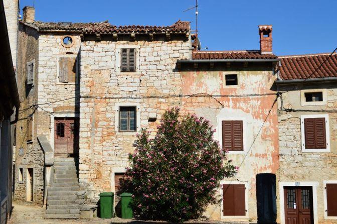 Sveti Lovreč, Istrian architecture