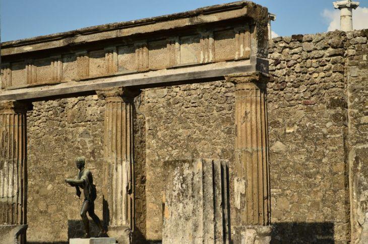 Pompeii, detail
