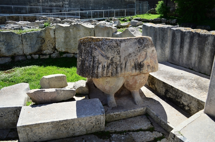 Remains of the stone sculptures